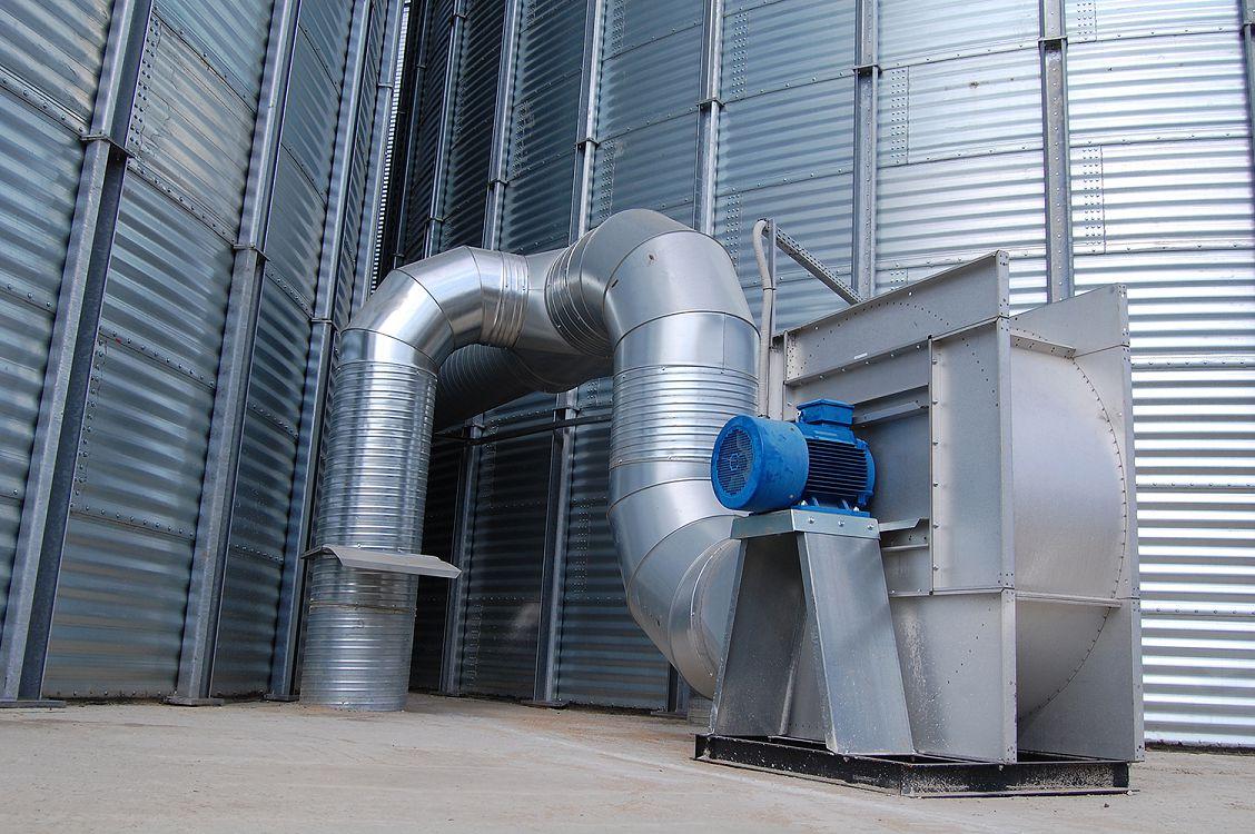 Фото 3. Системы принудительного охлаждения, которыми можно оборудовать силосы, благотворно повлияют на качество хранимого зерна