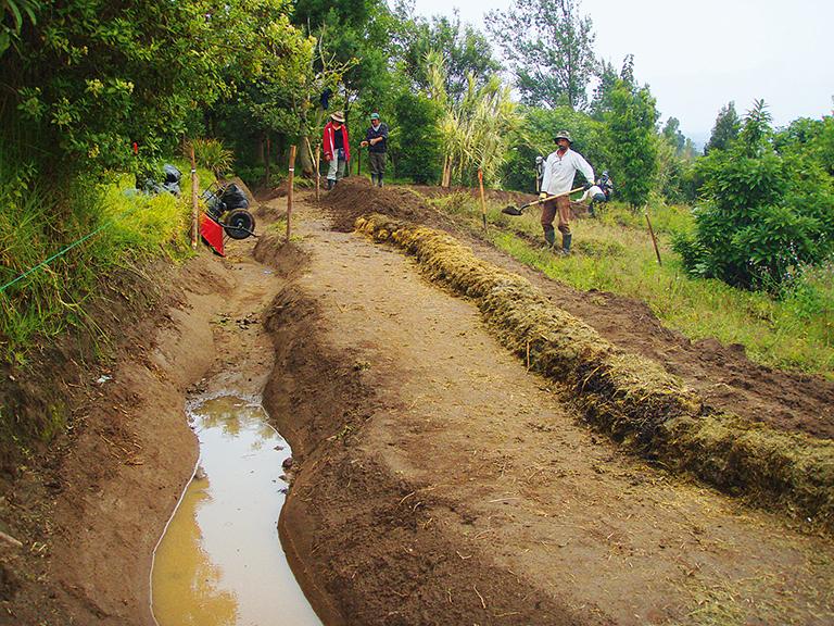 Водоемы природного типа для накопления воды