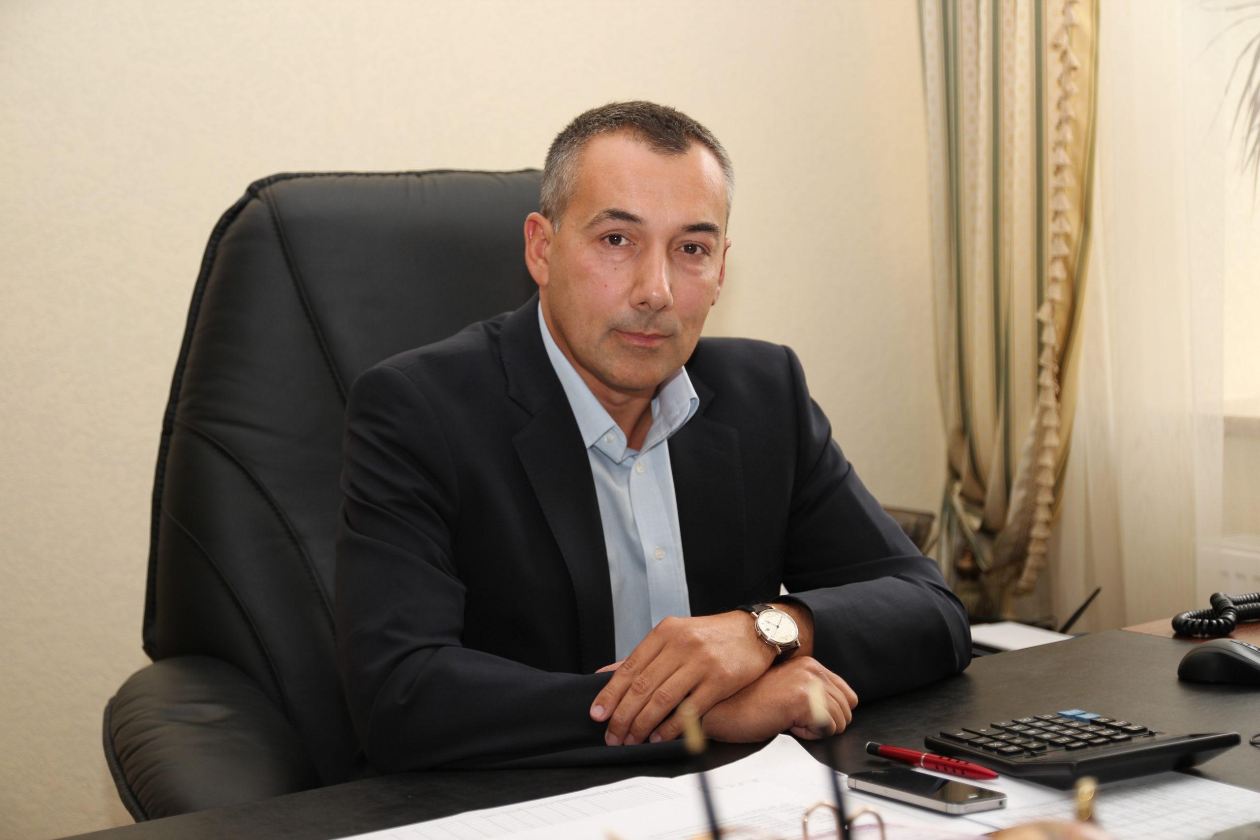 Владимир Барцьось, учредитель Винницкой агропромышленной группы: Хочу, чтобы дети работали в Украине Вариант – капитан агрокомпании