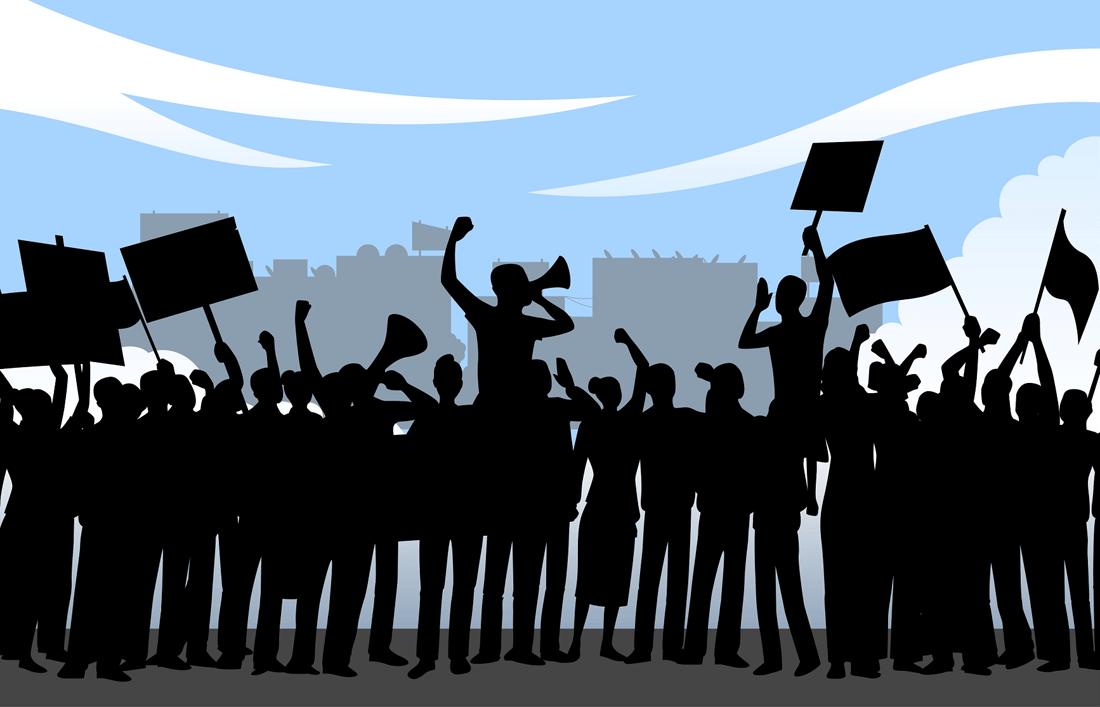 В Киеве прошли акции протеста против закона о продаже земли