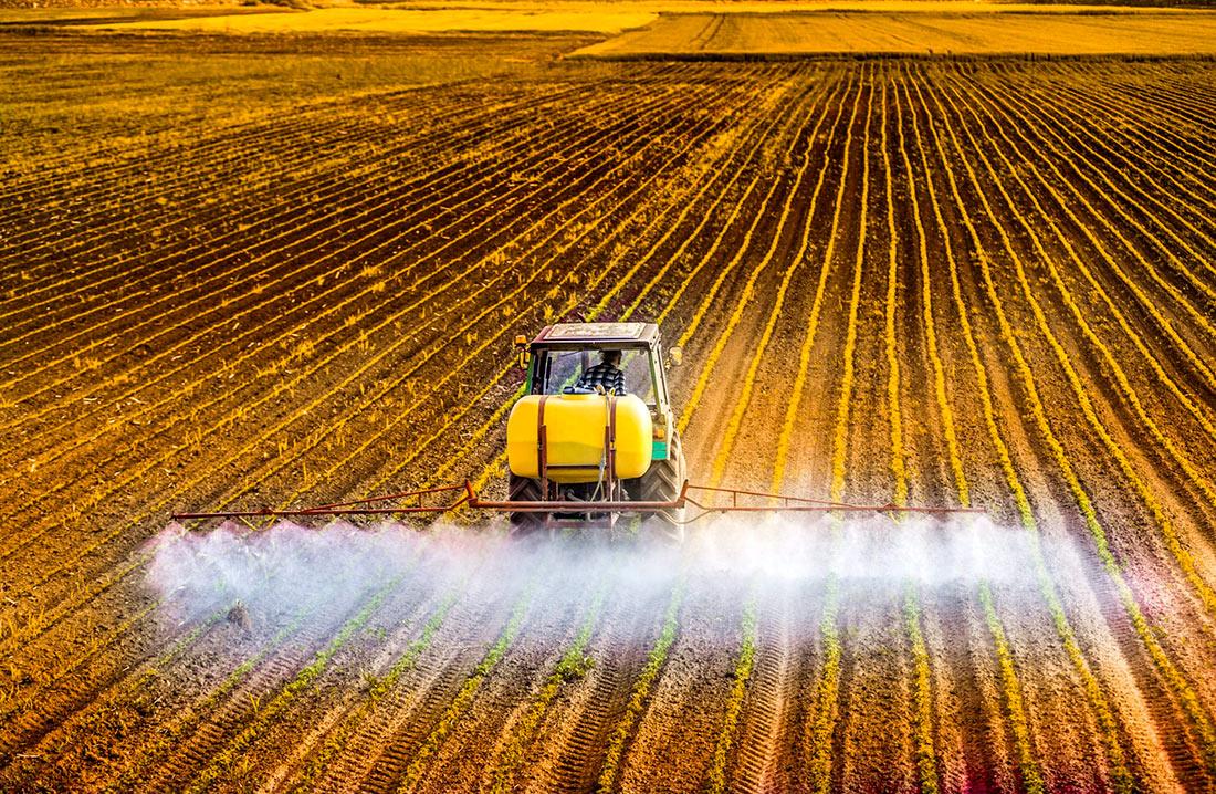 Обращение с пестицидами и агрохимикатами будет урегулировано