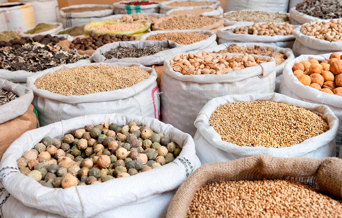 Україна ледь не найгірше працює з експортно-імпортними операціями з насінням