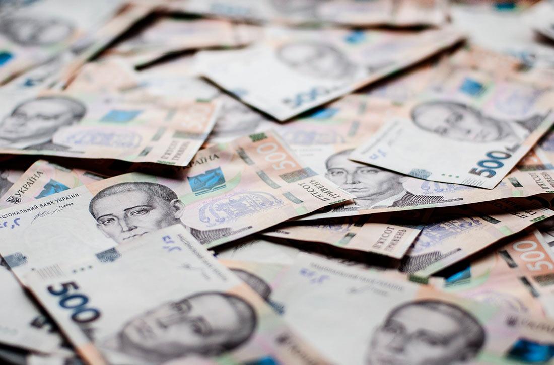 В феврале средняя зарплата в АПК составила 9596 грн