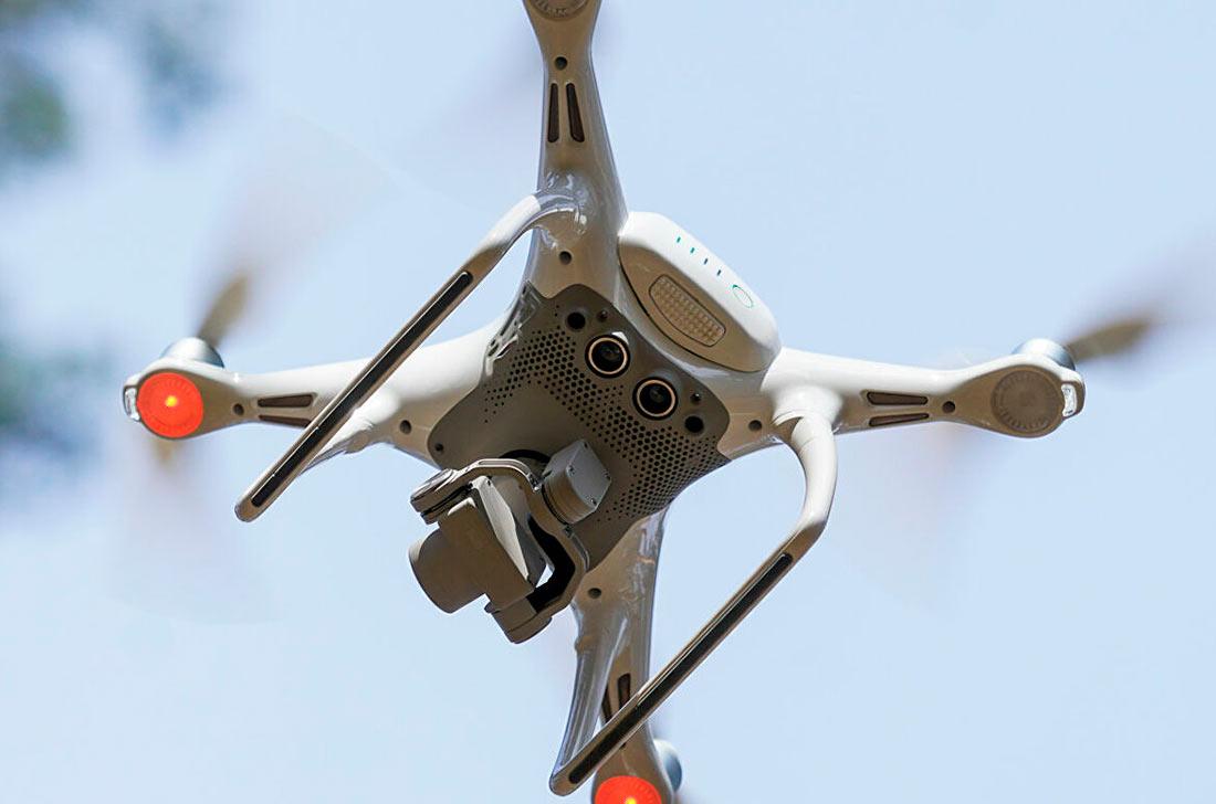 В Чили появилась программа для дронов, выпускающая биологические контроллеры в полевых условиях