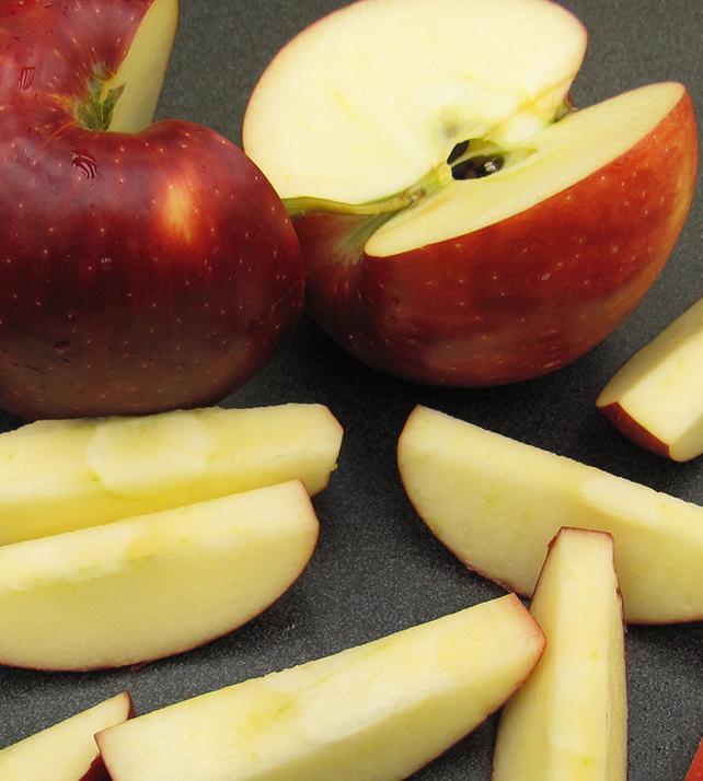 В Канаде появился новый сорт нетемнеющих яблок
