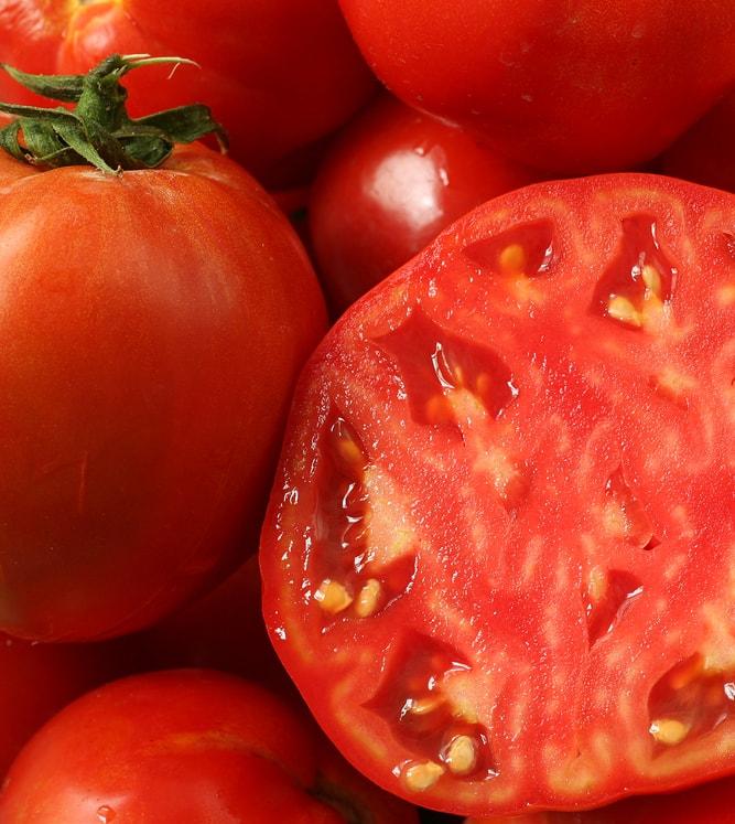В Испании 5 кг помидоров продали за €2700