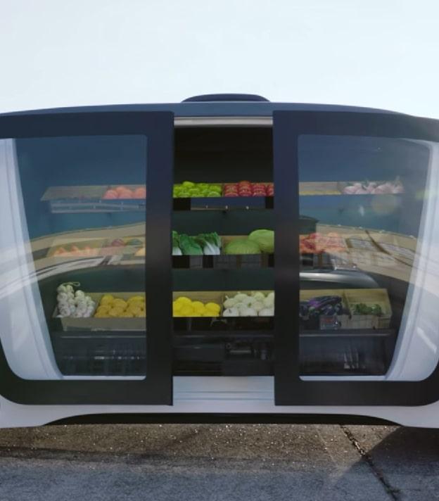 Голландцы представили мини-супермаркет на колесах