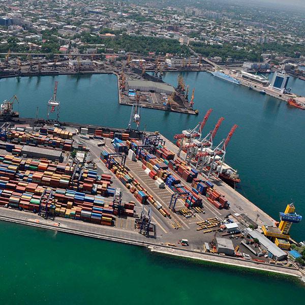 Криклий уволил руководителей трех морских портов